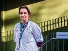"""Erika Vlieghe sur d'éventuels assouplissements pour les personnes vaccinées: """"Nous devons être prudents"""""""