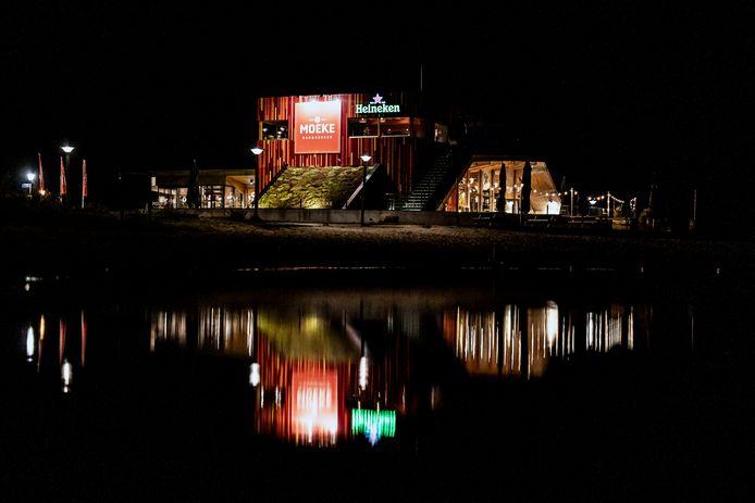 Restaurant Moeke aan de Lentse Plas.