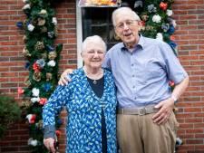 Presidente Geertje en voorzitter Jan uit Rijssen zijn al 60 jaar getrouwd, en 'hadden geen week willen missen'