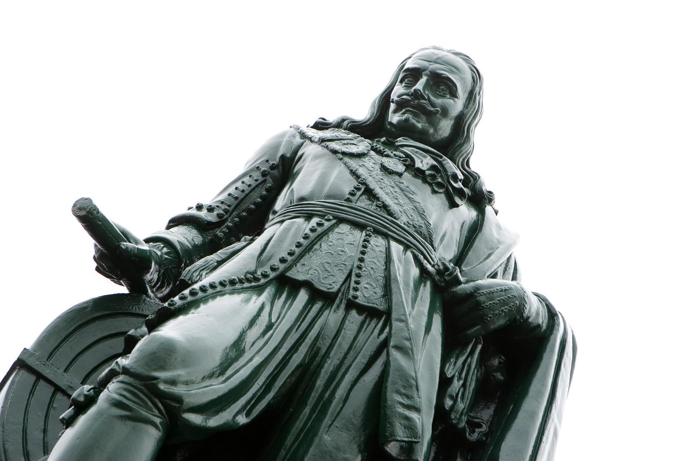 Standbeeld van Michiel Adiaansz. de Ruyter op het Keizersbolwerk.