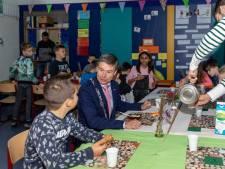 Vooral ouders van de openbare basisschool zien een fusie in Wemeldinge wel zitten