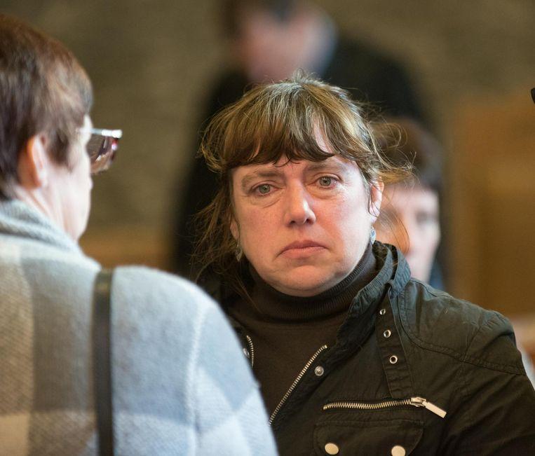 Weduwe Patra Verheecke, zwaar ontgoocheld na het stilzwijgen van Howard T.