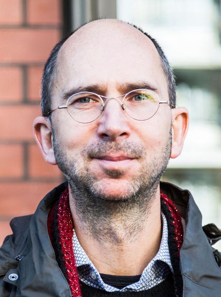 David Koetsier, huisarts in Amsterdam-Noord, lid van organisatie Amsterdams Rookalarm Beeld Tammy van Nerum
