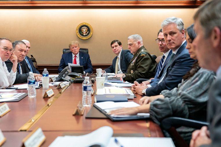 7 januari 2020: President Trump en vicepresident Mike Pence bespreken de raketaanval van Iran op Amerikaanse bases in Irak. Beeld EPA
