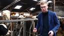 Verslaggever Stefan Keukenkamp zocht uit of alles wat rond de boeren wordt beweerd feitelijk onjuist is, of zijn het fabels?