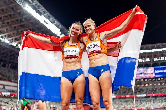 Medaillefeestje voor Emma Oosterwegel en Anouk Vetter.