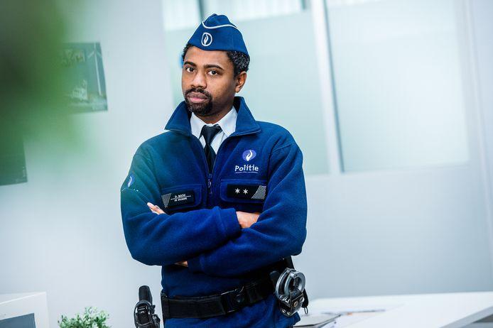 Johan Kalifa als Obi in 'De Buurtpolitie'.