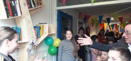 De Start opent kinderzwerfboekenstation in basisschool De Moer