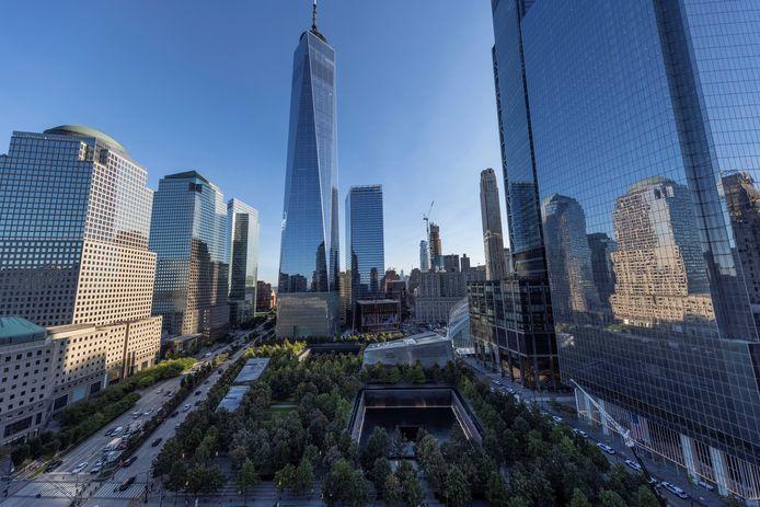 Het 'One World Trade Center' en de omringende gebouwen van de herbouwde WTC-site bij Ground Zero.