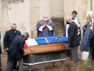 Franse oud-president Giscard d'Estaing in besloten kring begraven