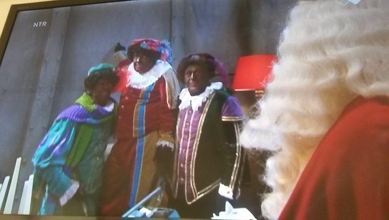 Scène uit het Sinterklaasjournaal. Beeld NPO