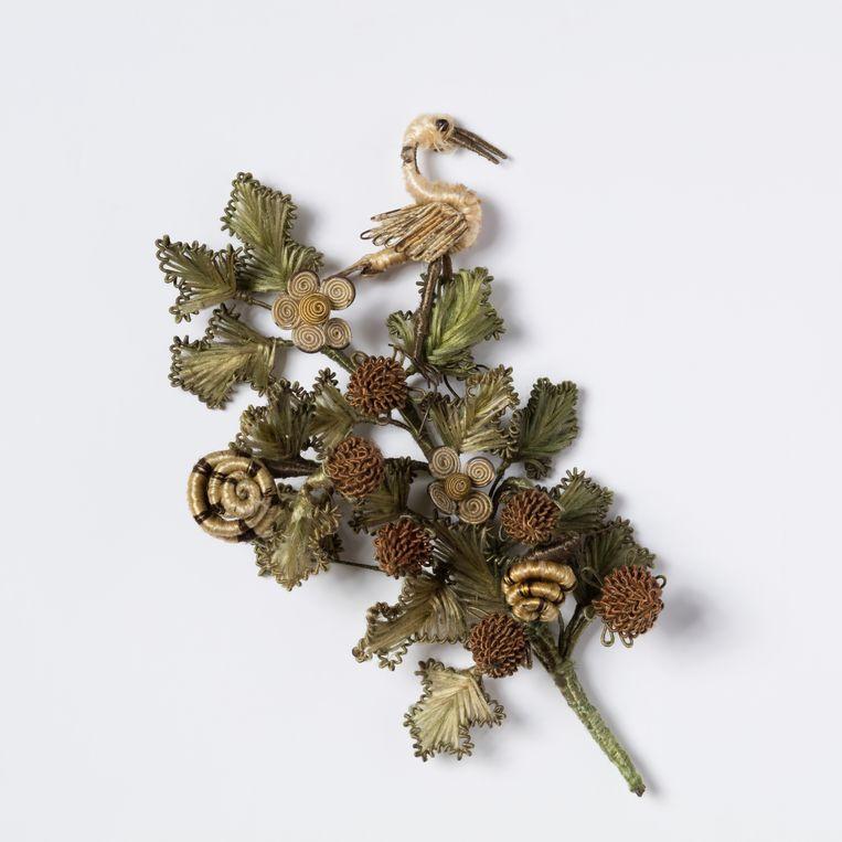 Besloten Hofje Daniël in de Leeuwenkuil. Detail flora en fauna.