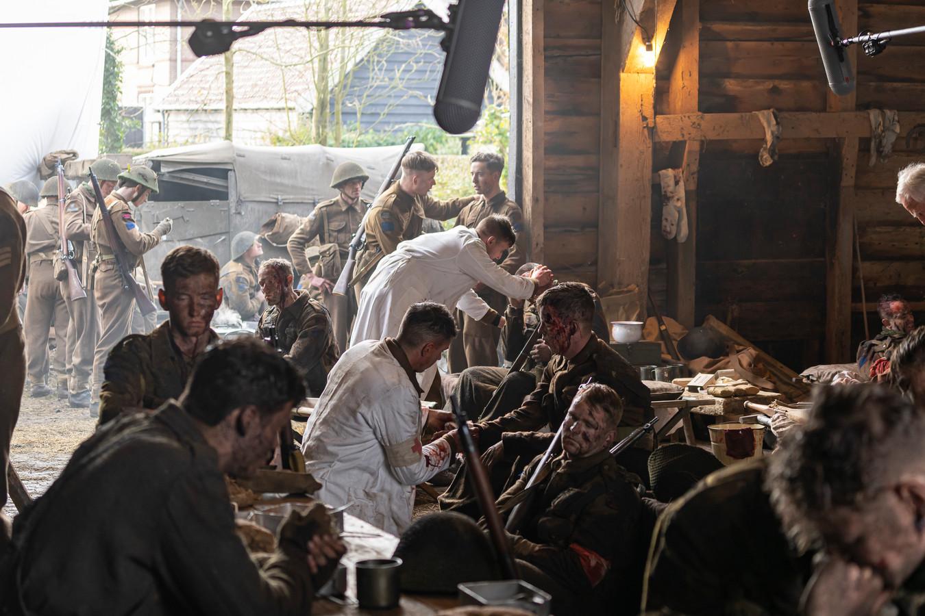 Opnames van een scène uit de Slag om de Schelde in Brouwershaven.