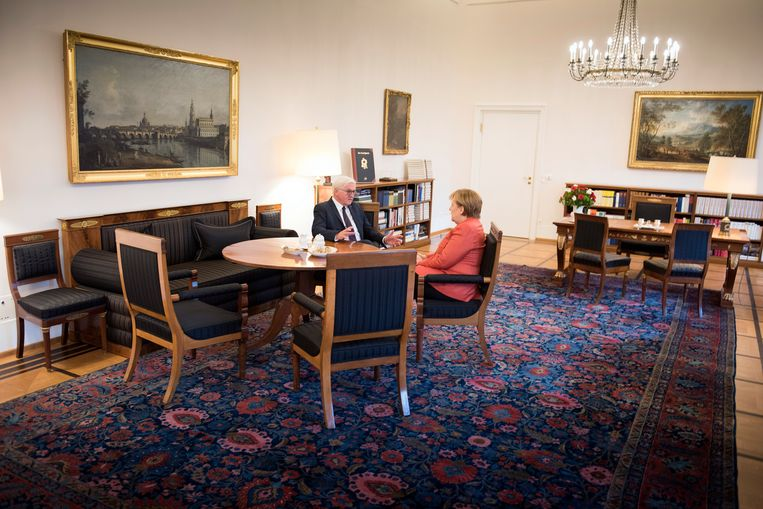 President Steinmeier moet beslissen of hij Angela Merkel alsnog voordraagt als Bondskanselier.  Beeld Getty Images