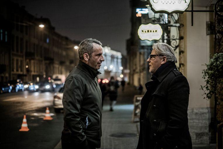 Rik Van Puymbroeck vorig jaar op bezoek bij Jan Fabre in Sint-Petersburg. Beeld Diego Franssens