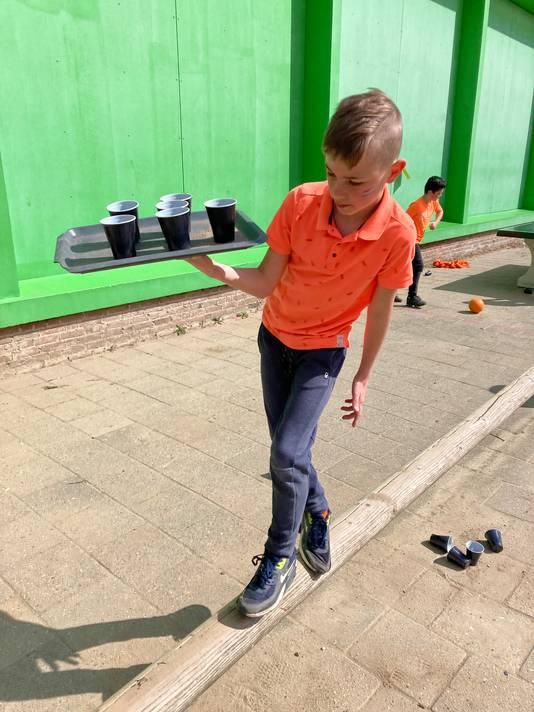 Tijn Lubberink, leerling van basisschool Pius X in Bemmel, tijdens de Koningsspelen.