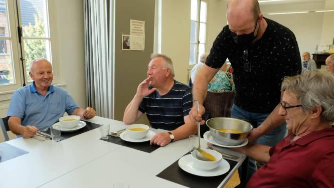 """Warme maaltijden in de dorpen starten weer op: """"Belangrijk moment van ontmoeting"""""""
