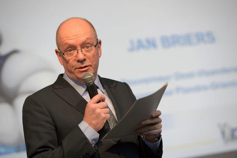 De huidige Oost-Vlaamse gouverneur Jan Briers. Het opengooien van de selectieprocedure voor de volgende gouverneur van Oost-Vlaanderen leidt tot een stormloop op de vacature. Bronnen van de krant spreken van 80 tot 105 kandidaten.