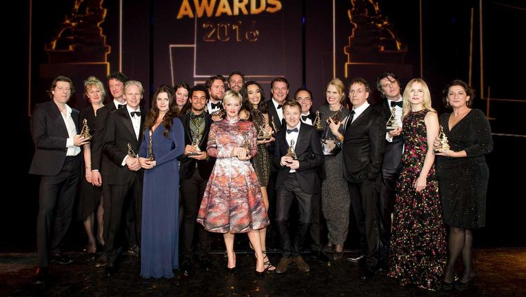 Groepsfoto van alle winnaar van een Musical Award na afloop van het Musical Awards Gala. Beeld anp