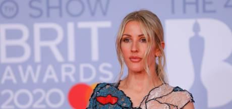 Ellie Goulding geeft daklozen mobieltje voor hulp in coronacrisis
