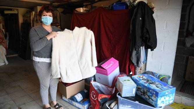 """Buurtbewoners massaal in de bres voor getroffen gezin na woningbrand: """"Inzamelactie is een groot succes, maar ze hebben het heel zwaar"""""""