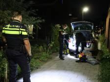 Na wilde achtervolging rijdt man zich klem in Den Haag: politie vindt taser en drugs in auto