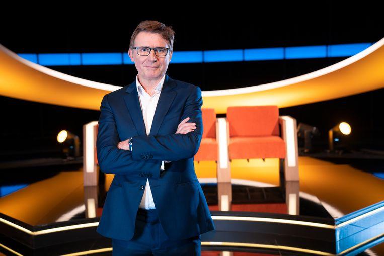 Vaste prik zoals ieder jaar: 'De slimste mens ter wereld' met Erik Van Looy.  Beeld SBS Belgium
