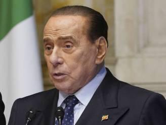 Italiaanse ex-premier Berlusconi ligt opnieuw in het ziekenhuis als gevolg van corona