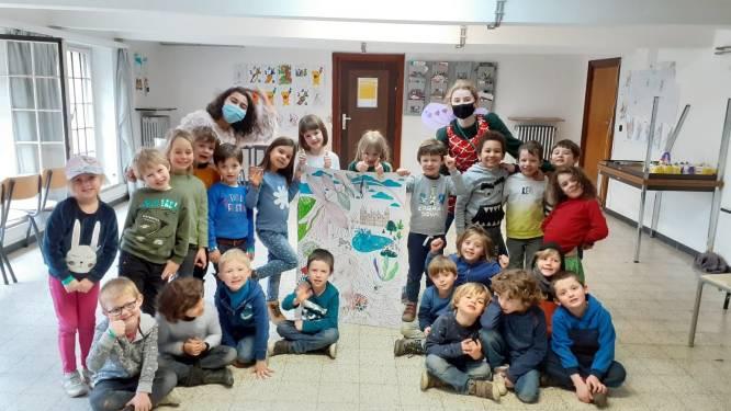 Kinderen maken kunstwerkjes onder de naam 'CoKunst'