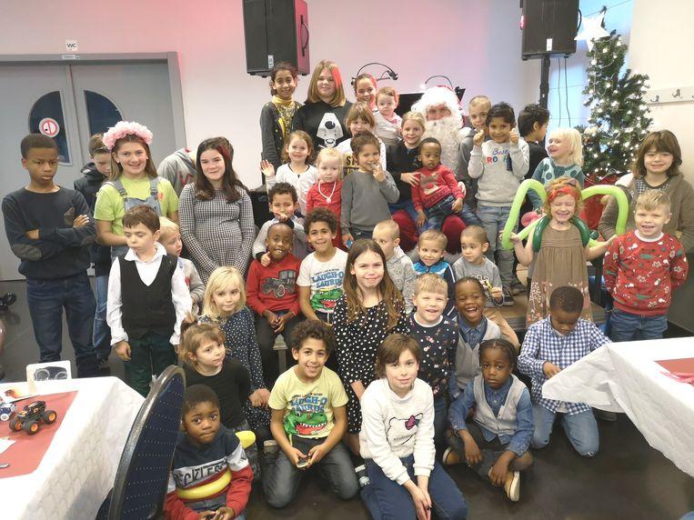 Heel wat kinderen waren aanwezig op het kerstfeest in Haaltert.