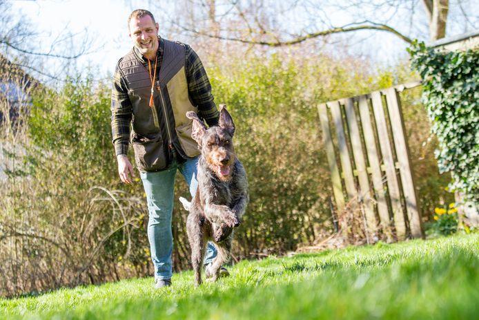 Ronald Vermeer van Partout hondentraining met zijn hond Ivan.