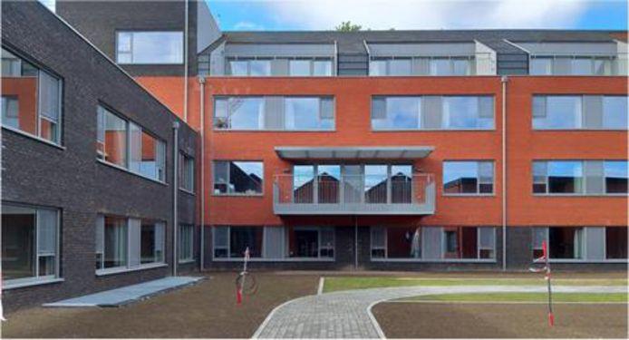 De achterzijde van het nieuwe woon-zorgcentrum aan de Burgemeester A. Heymanstraat