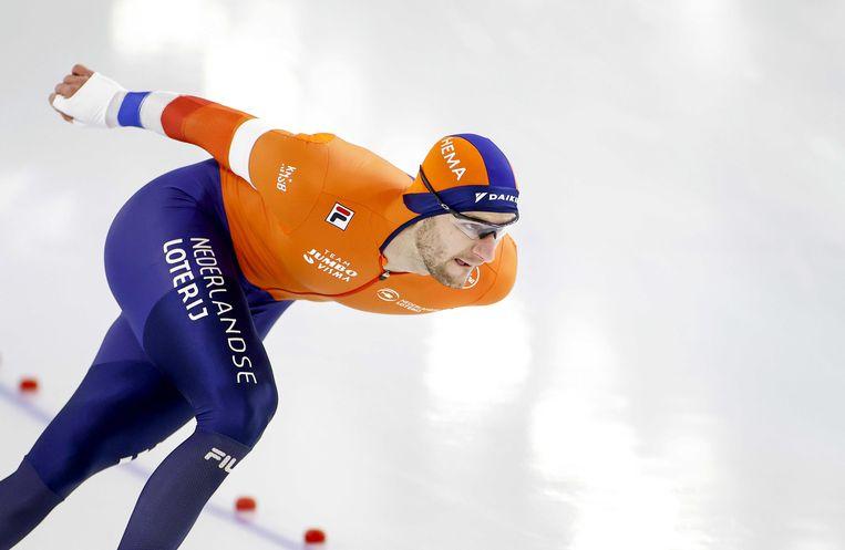 Thomas Krol in actie tijdens de 1500 meter voor mannen op het WK afstanden schaatsen in Thialf.  Beeld ANP