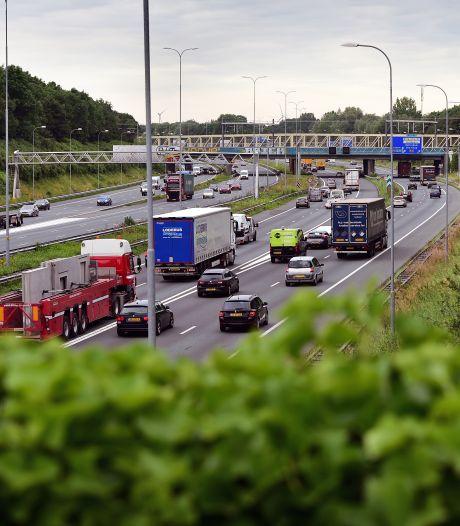 Dit is waarom de A27 moet worden verbreed (maar het voor geen meter opschiet)