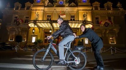 """Met Eddy Merckx op bezoek bij Philippe Gilbert in Monaco: """"Nu Milaan-Sanremo en Parijs-Roubaix nog"""" - """"Dan drinken we opnieuw champagne!"""""""