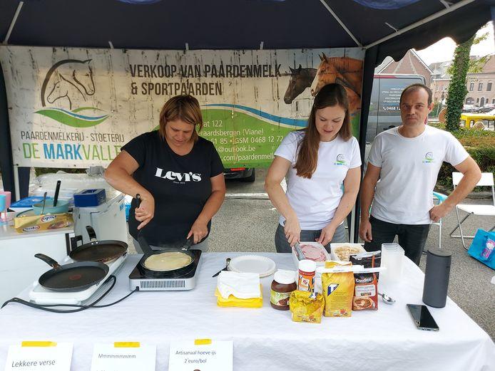 Geraardsbergen: De Markvallei verkoopt pannenkoeken gemaakt van paardenmelk.
