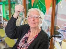Harinkje als hart onder de riem valt uitstekend in de smaak bij Thoolse senioren