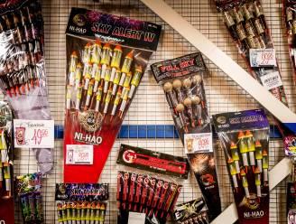 """Handelaar die te veel vuurwerk verkoopt veroordeeld tot 6 maanden cel: """"gevaarlijke risico's genomen door geen beperkingen op te leggen"""""""