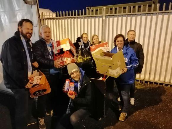 Inspanningen van alle supportersclubs leverden dozen voor speculaas op voor de inzamelactie van Genk