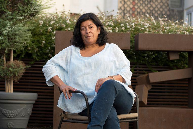 De Spaanse schrijver Almudena Grandes brengt de verstikkende repressie tijdens de Franco-dictatuur voor het voetlicht, maar wil ook duidelijk maken dat niet iedereen in zulke tijden op de knieën gaat. Beeld Getty