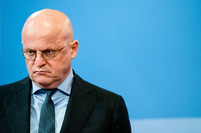 Demissionair minister Ferd Grapperhaus (Justitie en Veiligheid) heeft altijd beweerd dat invoering van de avondklok juridisch kon.
