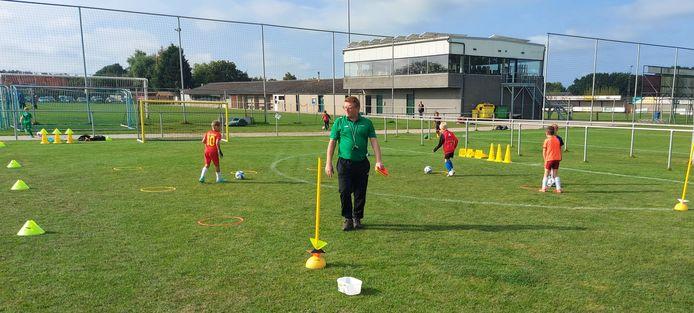 Met de samenwerking willen de clubs het jeugdvoetbal naar een hoger niveau tillen.