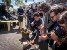 Arnhem legt struikelstenen voor zestien slachtoffers Holocaust, ook op verzoek van huidige bewoners