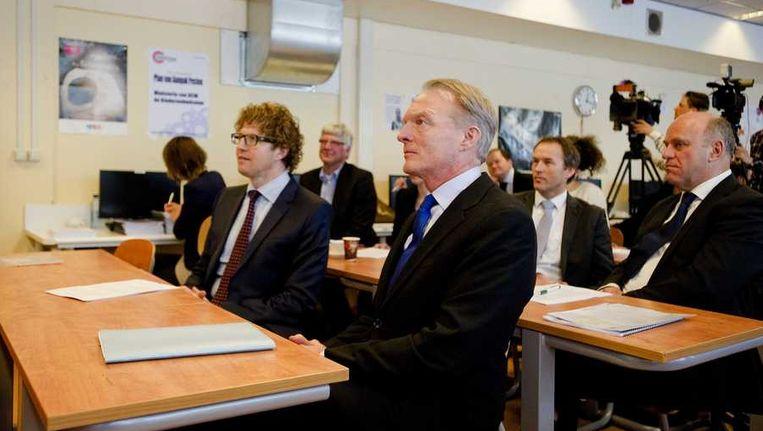 Staatssecretaris van Onderwijs Sander Dekker (links en Kinderombudsman Marc Dullaert Beeld anp