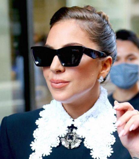 Le styliste belge Tom Eerebout imagine des lunettes de soleil pour Komono: Lady Gaga les porte déjà