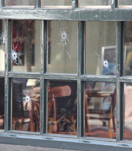 Veel vragen na beschieting en bekladding van café in Rijssen