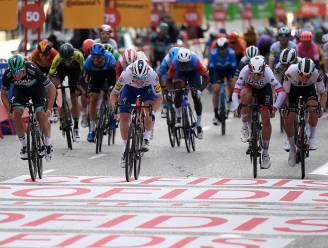 Ackermann nipt sneller dan Bennett in Madrid, Roglic stelt tweede eindzege op rij veilig