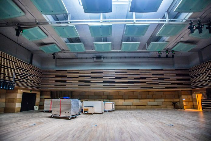 De Amare Studio doet dienst als repetitieruimte voor het Residentie Orkest. Bezoekers kunnen meekijken bij de repetities.