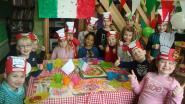 Kinderen leven zich uit als pizzabakker
