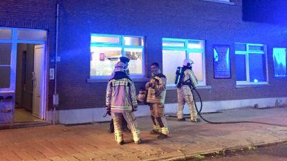 Brandende frietketel uit huis gehaald nadat voorbijganger hulpdiensten belt